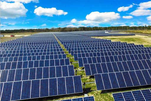 دعوت به سرمایه گذاری نصب پانل های خورشیدی در شهرستان بناب