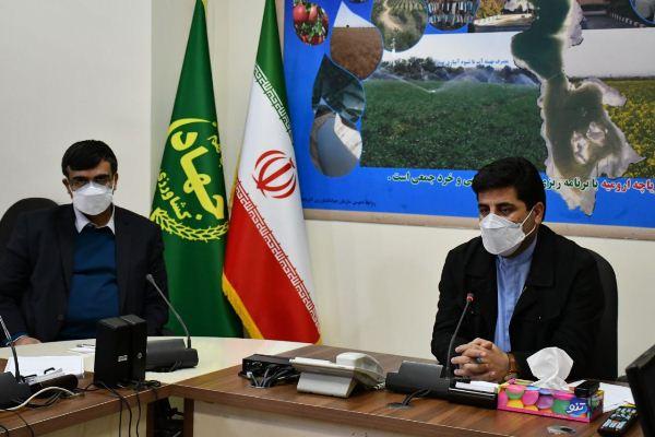 حضور رئیس مرکز تحقیقات و آموزش کشاورزی و منابع طبیعی آذربایجان شرقی درجلسه تبادل نظر جهت اجرای بهینه طرح محلول پاشی در دیمزار ها