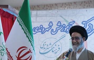 تالیف کتب فرهنگ شهروندی با حمایت شورای شهر تبریز یک اقدام بسیار ارزشمند است